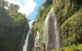 Sekumpul Waterfall Tour